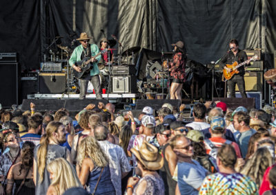 5 RUSTED ROOT
